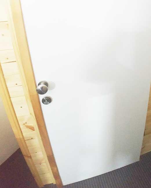 דלת בראשון לציון